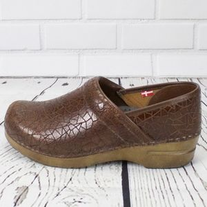 Sanita Brown Leather Professional Clogs Size 38 8